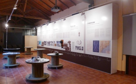 Exposició sobre la gestació de la central.