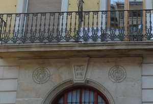 Escala amb data de construcció: 1874. Foto: Joan Àngel Frigola