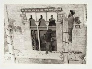 Obres de rehabilitació del Palau Baró de Castellet  28/10/1970 Fons documental del Museu Picasso, Barcelona Fotografia: desconegut