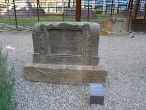 Tomba dedicada a Eroticus i Erotrice.