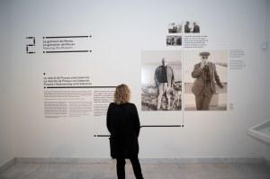 Un dels àmbits de la exposició. Fons documental del Museu Picasso, Barcelona. Foto: J M Llobet