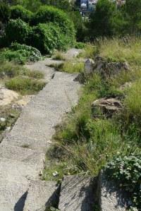 Escales d'accés al barri desl Canons des de Font Castellana.