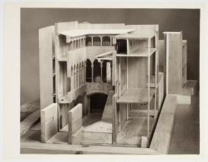 Maqueta del palau Berenguer d'Aguilar, s/f – Fons documental del Museu Picasso, Barcelona. Fotògraf desconegut