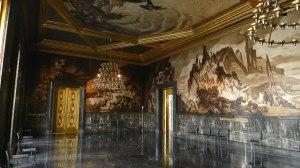 El Saló de Cròniques, amb pintures de Josep M. Sert