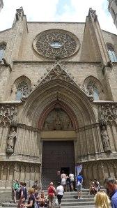 Façana principal de la basílica.