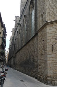 Façana lateral del carrer Sombrerers.,