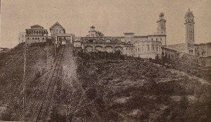 El cim del Tibidabo el 1912 en una imatge publicada a la Geografia de Carreras Candi