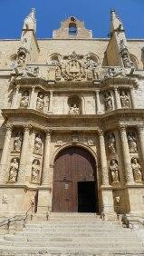 Façana barroca de Santa Maria.
