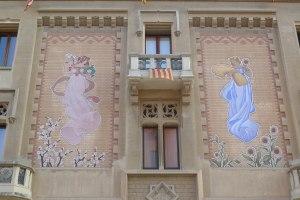 Esgrafiats de la casa Comella.