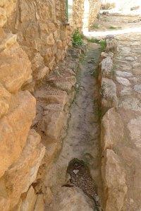Desguàs del segle III aC. al carrer d'entrada.