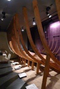 Esquelet de fusta d'un vaixell.