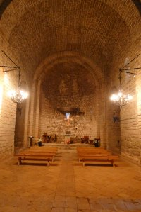 Interior de la nau de Sant Pere.