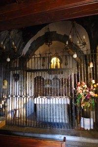 Interior del santuari.