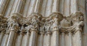 Detall dels capitells amb l'arca de Noé.