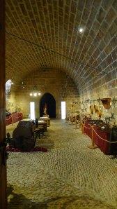 Cavallerisses del castell condicionades com a sala d'exposicions.