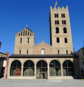Façana del monestir.