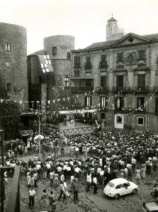 Festes de Sant Roc a la plaça Nova. Dècada 1960. Foto: Suárez-Arxiu AFPN.