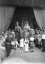 Gegants i capgrossos. 1933. Foto: Brangulí-ANC.