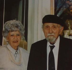 Fotografia de Josep Bonifaci i Elvira Antonio en un plafó del museu.