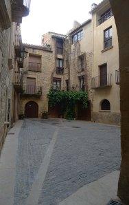 Placeta de la Llotja, darrera de l'Ajuntament.