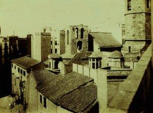 Sant Pere cap a 1908 amb la torre dels Ocells. Foto: Arxiu Fotogràfic de Barcelona.