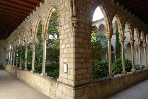 Claustre de Santa Maria de Montsió.