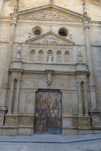 Façana de l'església de l'Assumpció.