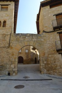 Portal de Vall-de-roures.