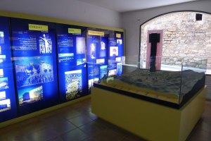 Plafons i maqueta de la Conce Dellà, a la planta baixa del Museu.