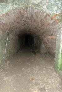 Interior de la minagrot.