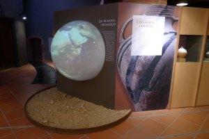 Espai dedicat a les primeres ceràmiques al Museu de la Terrissa.