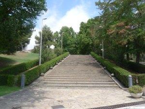 Primer tram d'escales de l'eix central.