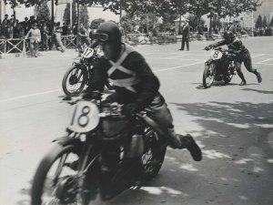 EI Gran Premi de Motociclisme a Montjuïc, 1933. AFB. Pérez de Rozas.