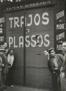 Efectes d´una bomba a la plaça del Pedró, 1933. AFB. Pérez de Rozas.