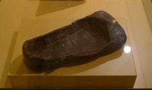 "Calçat anomenat ""de pota d'ós"". França segle XV. Museu de Cluny."