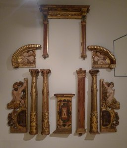 Fragments del retaule de la capella de l'antiga Casa de la Ciutat.