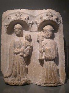 Relleu gòtic de pedra. S. XIV-XV. Base de la torre Bernat de So.